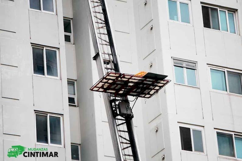 Uso de elevadores para mudanzas